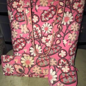 Vera Bradley purse and wallet set!